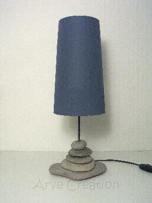 Lampe en galets naturel