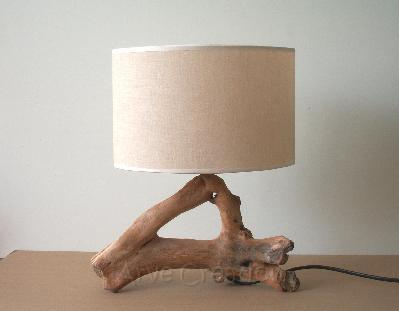 Arve cr ation galets et bois flott lampe de chevet en for Lampe en bois flotte creation